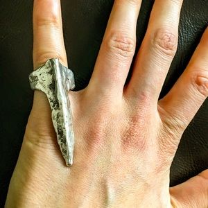 Unearthen Ring